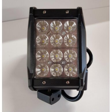 Žibintas LED 12/24V,36W TR-B636  stač.4 eil.
